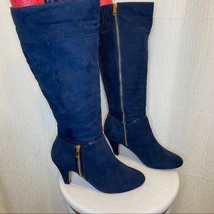 Bella Vita navy blue suede like heeled boots